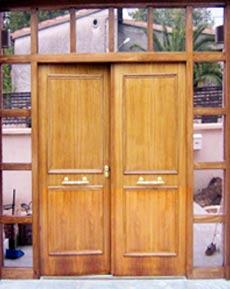 Puerta acorazada para chalets fichet madrid for Puerta doble hoja exterior