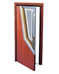 Puertas grado V acabado en madera