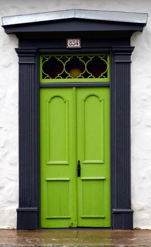 La puerta de tu casa dice mucho de ti puertas y simbolog a for Puertas kiuso telefono