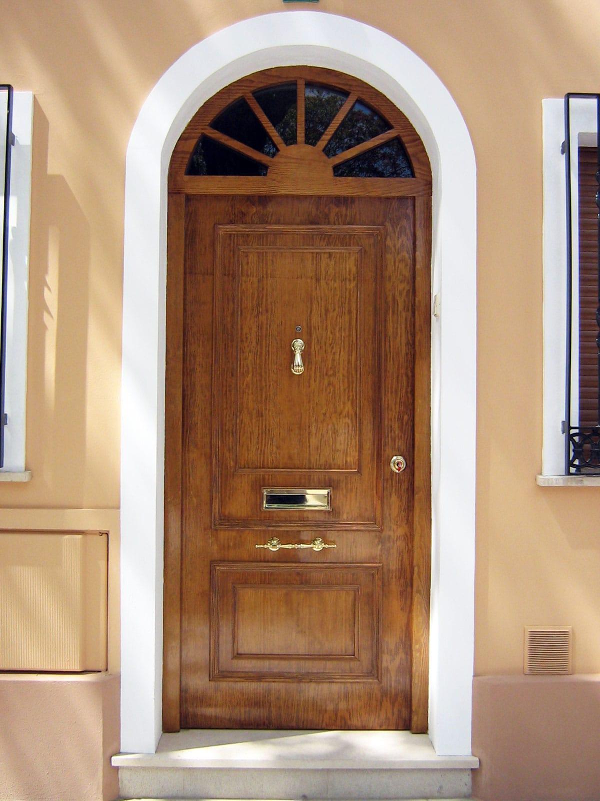 Puertas con altillo