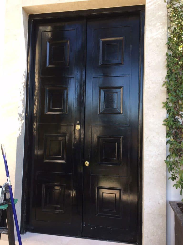 Puerta acorazada con dos hojas